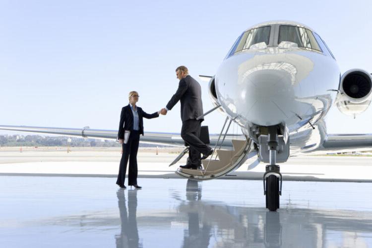 沙漠喷气式飞机管理
